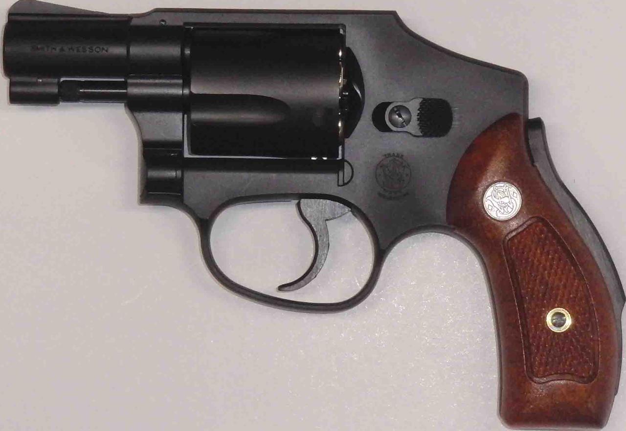 S&W M40 センチニアル